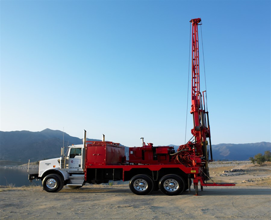 Cascade - Hollow Stem Auger Drilling Rig