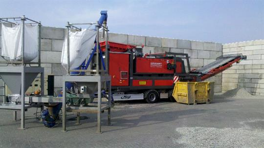 mobile non-ferrous separator removes very fine fractions from pvc flakes