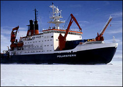 Science cruising the Arctic sea