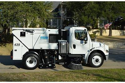 Tymco - Model 435 - Mid-Sized Street Sweeper