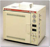 Shimadzu - Model GC-8A - Basic Gas Chromatograph Model