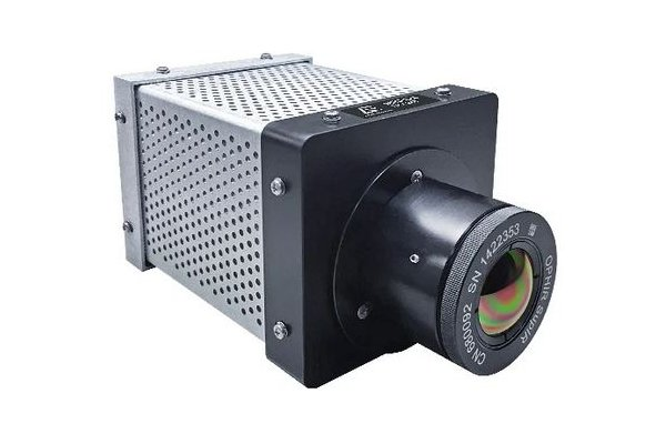 Advanced Energy - Model Mikron MCL640 - High-Performance, Infrared Camera for Temperature Measurement between -40 and 1600ºC