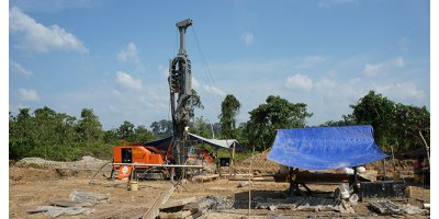 Multitec - Model 9000 - Multipurpose Drilling Rig
