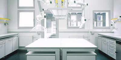 System Delta 30 - Laboratory Furniture Systems