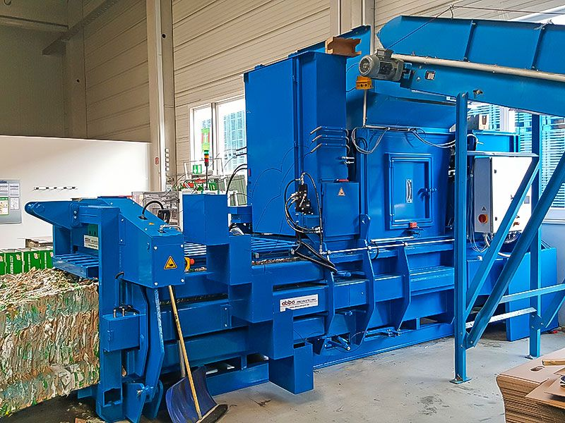 Fully Automatic Vertical Channel Baling Presses System-2