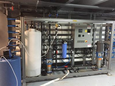 ADVANCEES - Model SW - starting at 25.000 US GPD - Land base - Medium and Large Seawater Reverse Osmosis Desalination Systems