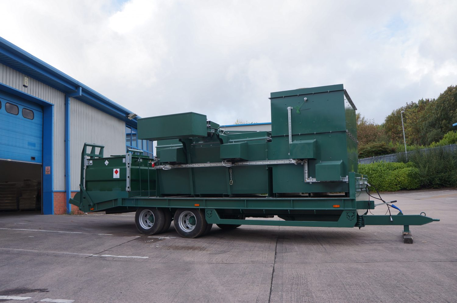 Large Trailer Mounted Mobile Incinerators-1