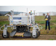 Bosch Farming Robot Monitors Fertiliser and Water Usage