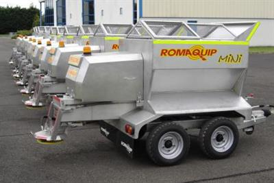 Romaquip - Mini Towed Gritter