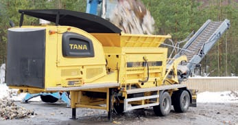 Tana - Model 220E - Shark Slow-Speed Shredders