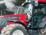 Valtra T173 HiTech praised in Profi long-term test