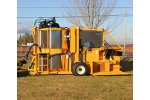 Oxbo  - Model 930  - Berry Harvester