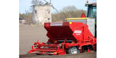 Model GL32F - 2-Row Cup Planter