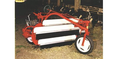 Model 383  - Hydraulic Movement Motor Side Delivery Rake