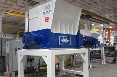 Shred-Tech - Model ST-400 - Two Shaft Shredder