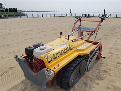 CleanSands, Inc - Model BARRACUDA - Beach Cleaner